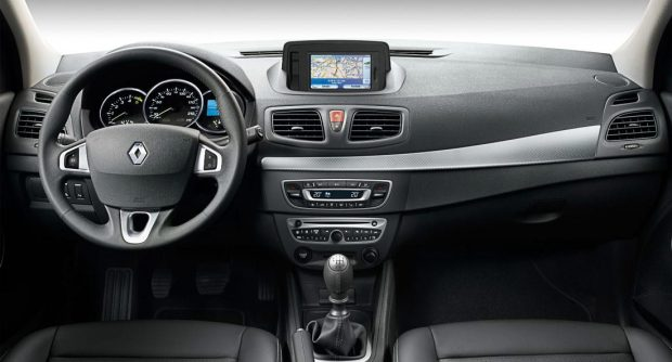 Renault-Fluence-5
